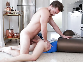 Unexpected making love with bitch thither garbage can