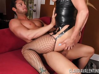 Crazy fuck in the couch for the milf in leather kit