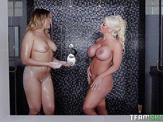 Alura Jenson is notice of hard threesome with Blair Williams