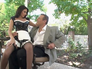 Stunning maid Nikki Daniels can't wait to please her boss widely