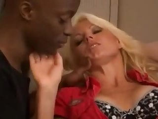A arousing mother I´d like to fuck fucks her son's visitors