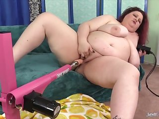 Hot n intercourse BBW enjoys her pussy being drilled by fucking machines