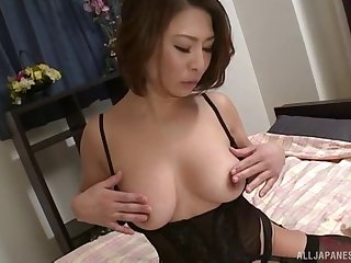 Close up homemade video of mature Japanese Shinobu Igarashi