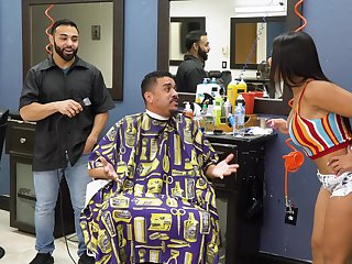 Striking barber misguide fuck be useful to attentive Rose Monroe