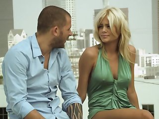 Blonde babe gets jizzed by a handsome gentleman