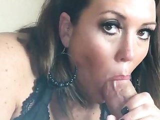 Cumshot wanting amateur MILF wanks cock apropos POV video