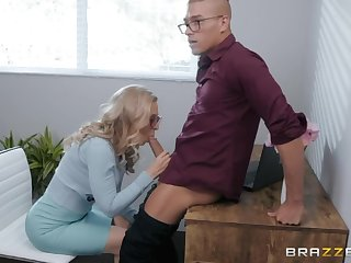 Sinful lass Nina Hartley is caught fingering ourselves with an increment of gets nailed hard